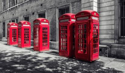 red telephone booths in London, uk- Stock Photo or Stock Video of rcfotostock | RC-Photo-Stock