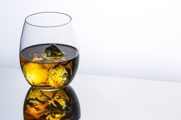 scottish whiskey with ice rocks- Stock Photo or Stock Video of rcfotostock | RC-Photo-Stock