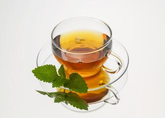 teacup tea with mint peppermint leaf hot drink aroma isolated on white background with reflection- Stock Photo or Stock Video of rcfotostock | RC-Photo-Stock