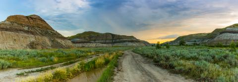 Thunderstorm panorama over the drumheller mountans in canada- Stock Photo or Stock Video of rcfotostock | RC-Photo-Stock