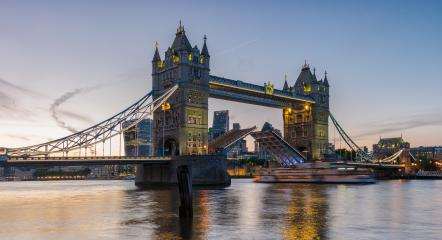 Tower Bridge at sunset opening up, London.- Stock Photo or Stock Video of rcfotostock | RC-Photo-Stock