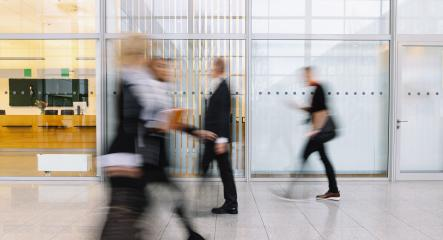 Viele verschwommene Menschen gehen durch Büro- Stock Photo or Stock Video of rcfotostock | RC-Photo-Stock