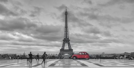 View over Trocadero square to the Eiffell Tower with red retro car, in black and white color-key. Paris, France : Stock Photo or Stock Video Download rcfotostock photos, images and assets rcfotostock | RC-Photo-Stock.: