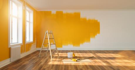 Wand mit gelber Farbe streichen bei Renovierung : Stock Photo or Stock Video Download rcfotostock photos, images and assets rcfotostock | RC-Photo-Stock.: