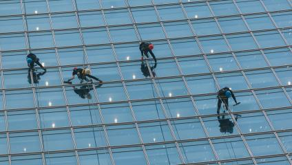 Washer wash the windows of high skyscraper, high risk work : Stock Photo or Stock Video Download rcfotostock photos, images and assets rcfotostock | RC-Photo-Stock.: