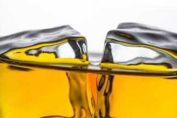 whiskey with ice cubes Close-up - Stock Photo or Stock Video of rcfotostock | RC-Photo-Stock