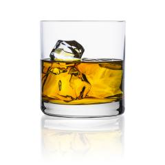 Whisky glas mit eiswürfeln : Stock Photo or Stock Video Download rcfotostock photos, images and assets rcfotostock   RC-Photo-Stock.: