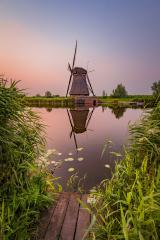Windmühle zum Sonnenuntergang, Kinderdijk, Niederlande, Spiegelung : Stock Photo or Stock Video Download rcfotostock photos, images and assets rcfotostock | RC-Photo-Stock.: