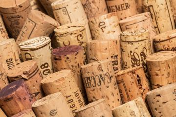 wine corks in rows- Stock Photo or Stock Video of rcfotostock | RC-Photo-Stock