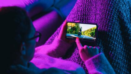 Woman stop watching film on mobile phone with imaginary video player service. Concept of online video streaming movies and series. : Stock Photo or Stock Video Download rcfotostock photos, images and assets rcfotostock | RC-Photo-Stock.: