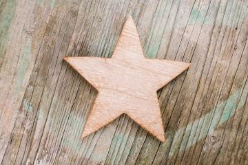 wooden star on a old rustic wooden board, christmas decoration : Stock Photo or Stock Video Download rcfotostock photos, images and assets rcfotostock | RC-Photo-Stock.: