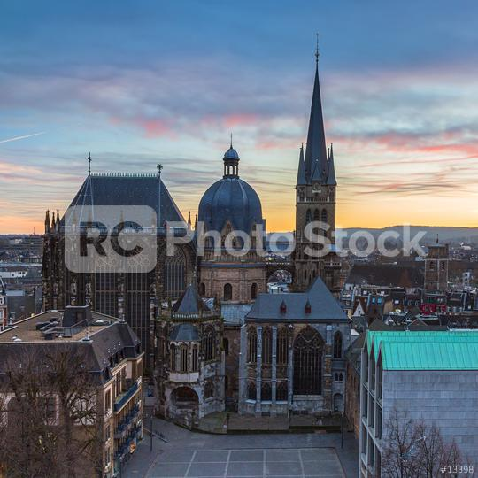 Aachener Dom Sonnenuntergang  : Stock Photo or Stock Video Download rcfotostock photos, images and assets rcfotostock | RC-Photo-Stock.: