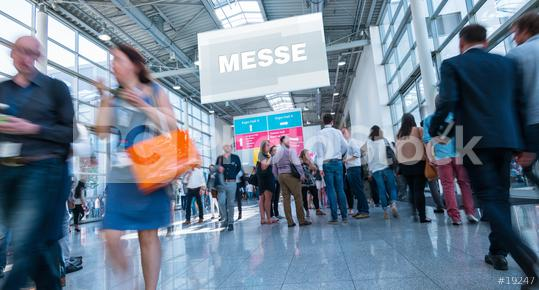 Anonyme Masse Menschen in Messe Halle  : Stock Photo or Stock Video Download rcfotostock photos, images and assets rcfotostock   RC-Photo-Stock.: