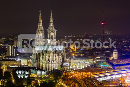 Cologne Cathedral in Cologne at night  : Stock Photo or Stock Video Download rcfotostock photos, images and assets rcfotostock | RC-Photo-Stock.: