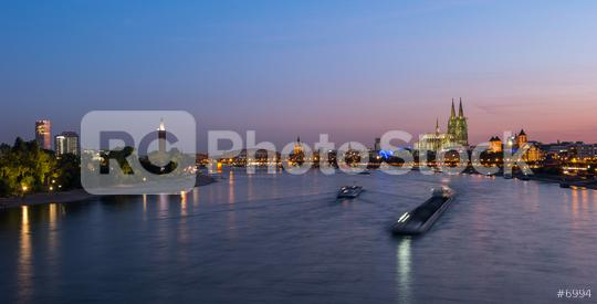 Cologne city skyline and Cologne Dom at night  : Stock Photo or Stock Video Download rcfotostock photos, images and assets rcfotostock | RC-Photo-Stock.:
