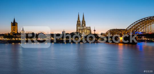 Cologne city skyline and Cologne Dom at sunset  : Stock Photo or Stock Video Download rcfotostock photos, images and assets rcfotostock | RC-Photo-Stock.: