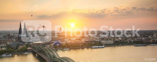 Cologne skyline at sunset with hot air balloons  : Stock Photo or Stock Video Download rcfotostock photos, images and assets rcfotostock | RC-Photo-Stock.: