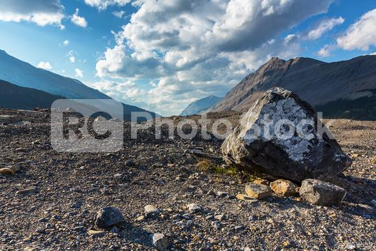 Columbia Icefield in den Rocky Mountain canada  : Stock Photo or Stock Video Download rcfotostock photos, images and assets rcfotostock | RC-Photo-Stock.: