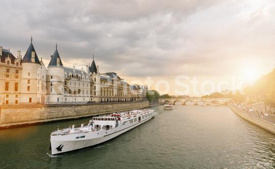Consiergerie, Pont Neuf and Seine river st sunset in paris, france  : Stock Photo or Stock Video Download rcfotostock photos, images and assets rcfotostock | RC-Photo-Stock.: