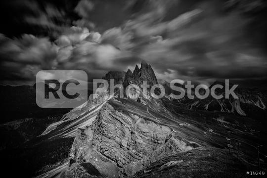 Dunkle Wolken über Seceda, Geislerspitzen, Dolomiten, Alpen, Sommer  : Stock Photo or Stock Video Download rcfotostock photos, images and assets rcfotostock | RC-Photo-Stock.:
