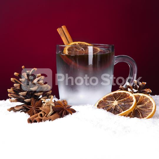Glühwein lebkuchen und weihnachten dekoration auf schnee vor rotem hintergrund  : Stock Photo or Stock Video Download rcfotostock photos, images and assets rcfotostock | RC-Photo-Stock.: