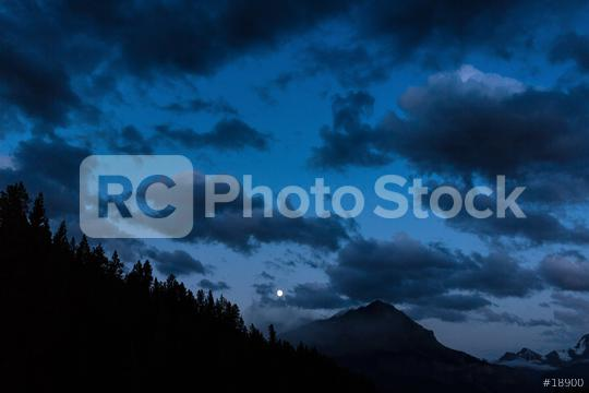 Moonrise at the Rocky mountains in the banff national park canada   : Stock Photo or Stock Video Download rcfotostock photos, images and assets rcfotostock | RC-Photo-Stock.:
