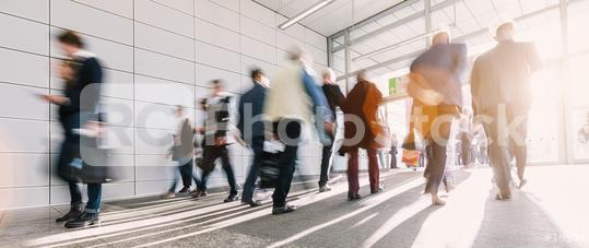Viele Menschen anonym in Bewegung auf Messe  : Stock Photo or Stock Video Download rcfotostock photos, images and assets rcfotostock | RC-Photo-Stock.: