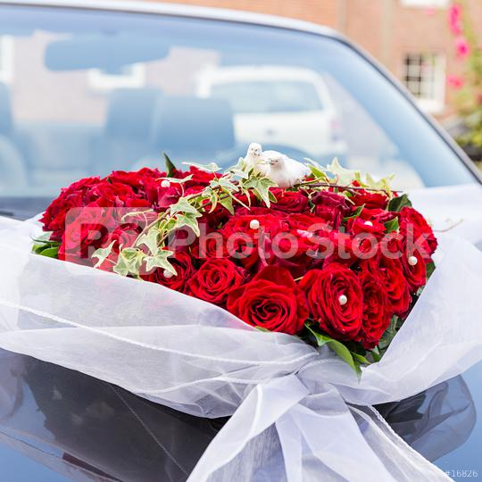 Wedding rose bouquet on wedding car  : Stock Photo or Stock Video Download rcfotostock photos, images and assets rcfotostock | RC-Photo-Stock.: