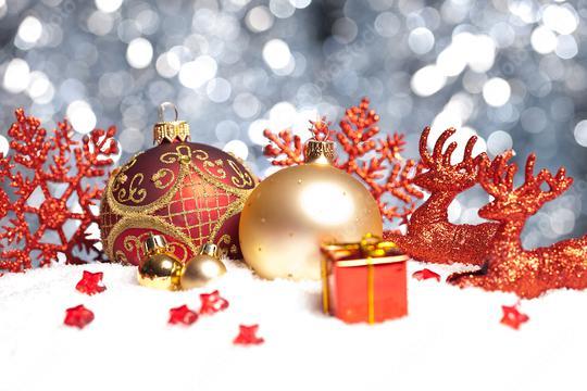 weihnachten hintergrund bild mit christbaumkugeln und bokeh hintergrund  : Stock Photo or Stock Video Download rcfotostock photos, images and assets rcfotostock | RC-Photo-Stock.: