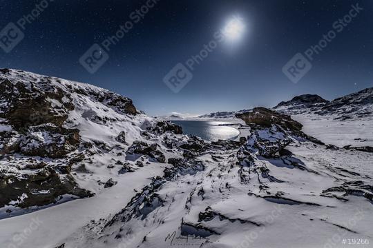 WInternacht mit Sternen und Mond, Island, Kleifarvatn  : Stock Photo or Stock Video Download rcfotostock photos, images and assets rcfotostock | RC-Photo-Stock.: